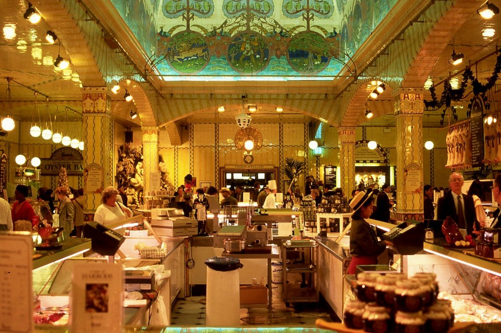 London-days.-Shopping-at-the-Harrods-8