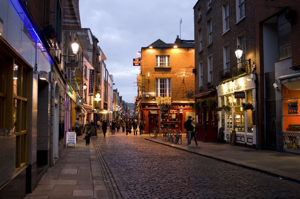 Temple-Bar-district-in-Dublin