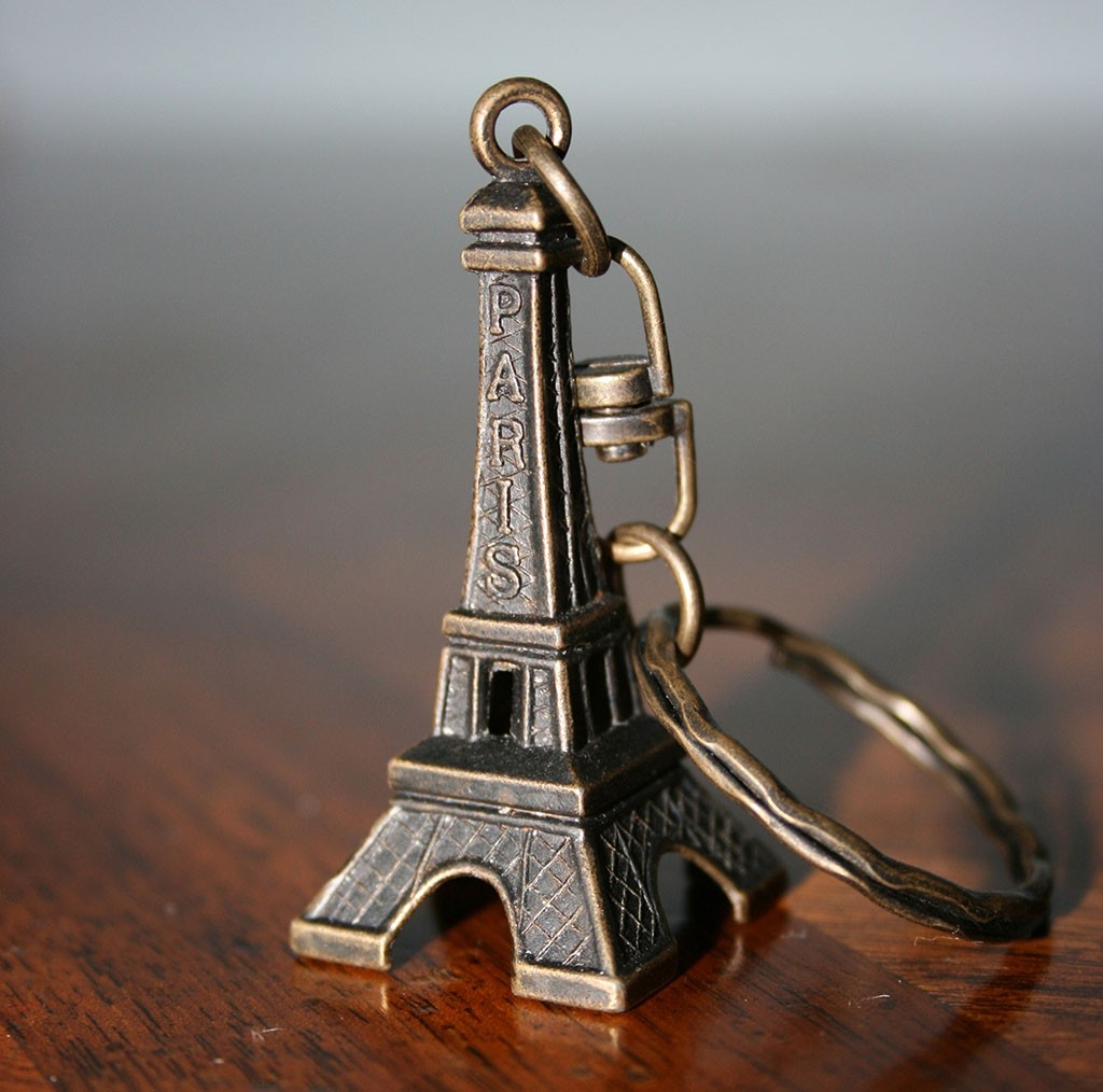 Eiffel_Tower_Keychain