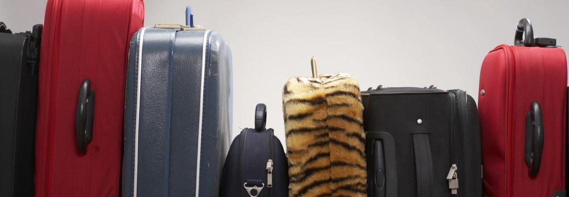 suitcases-76038279
