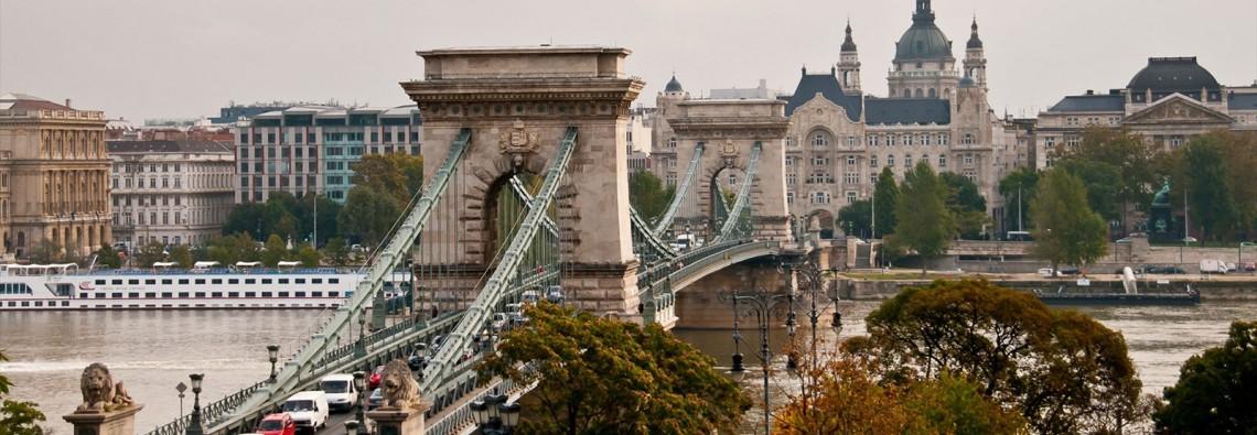 Nautalia_Budapest_Puente-de-las-Cadenas