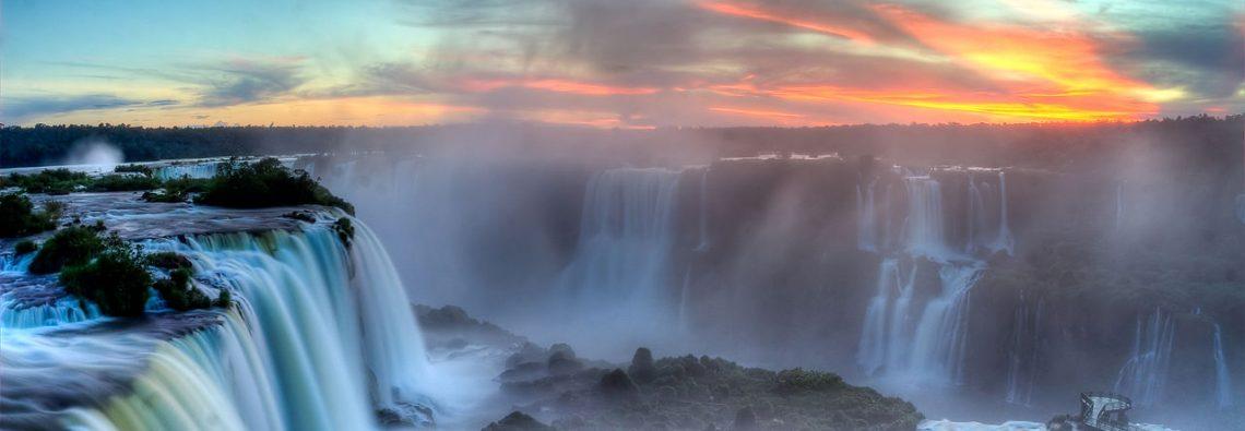 1280px-Sunset_over_Iguazu2